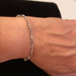 Jewelry - 14kt gold dainty diamond bracelet